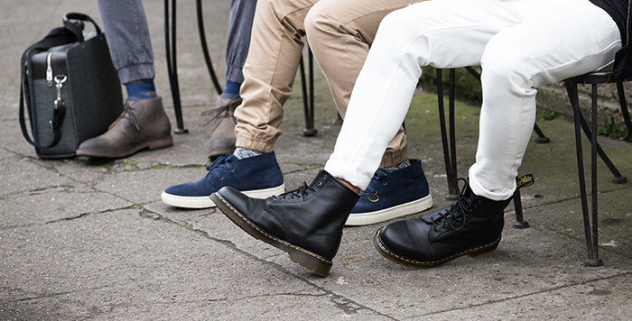 how-to-wear-jogger-pants-feet
